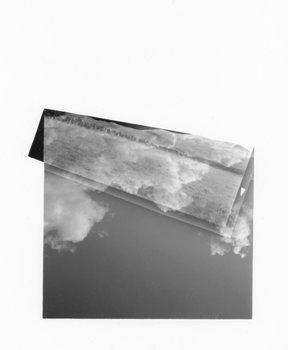 Folded (Land over Sky 1) Aliki Braine Photographie